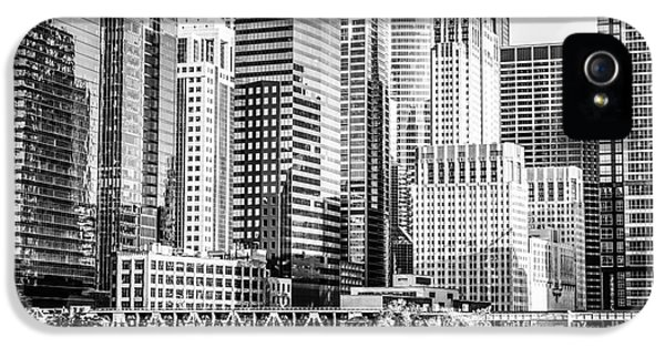 Black And White Picture Of Chicago At Lake Street Bridge IPhone 5 Case