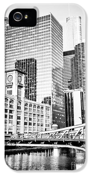 Black And White Picture Of Chicago At Lasalle Bridge IPhone 5 Case