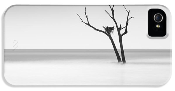Boneyard Beach - II IPhone 5 Case by Ivo Kerssemakers
