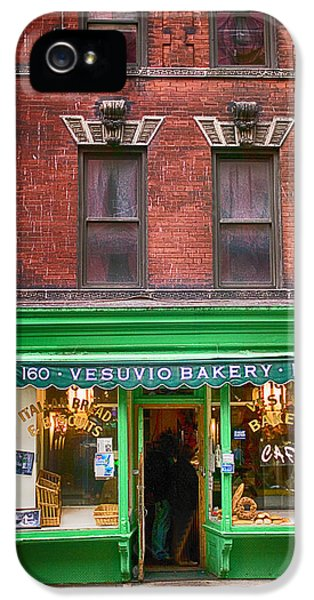 Bread Store New York City IPhone 5 Case by Garry Gay