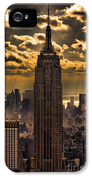 Landmarks iPhone 5 Case - Brilliant But Hazy Manhattan Day by John Farnan