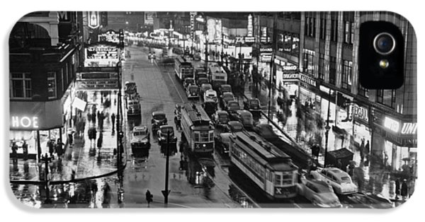 Bronx Fordham Road At Night IPhone 5 Case by Underwood Archives