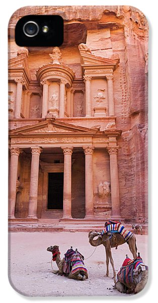 Camel At The Facade Of Treasury (al IPhone 5 Case