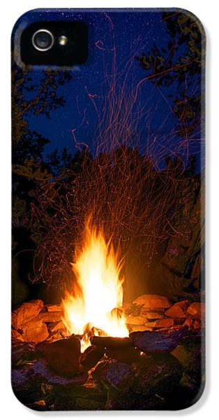 Campfire Under The Stars IPhone 5 Case