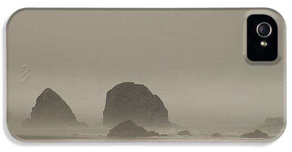 Cannon Beach In A Fog Oregon IPhone 5 Case by Yulia Kazansky