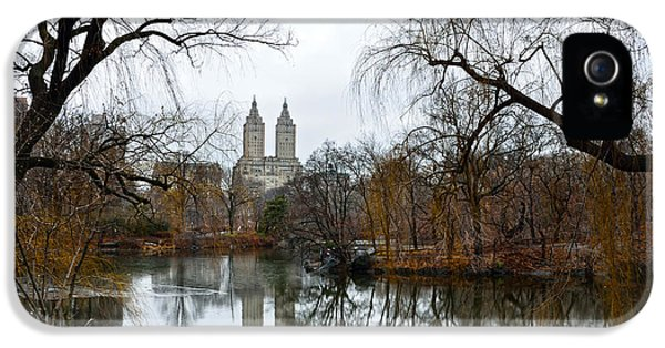 Central Park And San Remo Building In The Background IPhone 5 Case