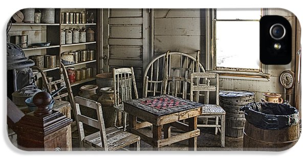 Checker Game Setting In A Back Room No. 3105 IPhone 5 Case by Randall Nyhof
