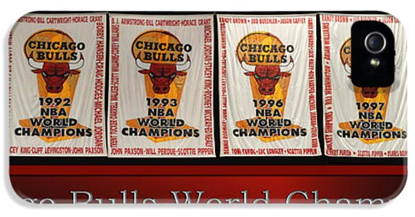 Chicago Bulls World Champions Banners IPhone 5 Case