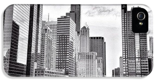 Architecture iPhone 5 Case - Chicago River Buildings Black And White Photo by Paul Velgos