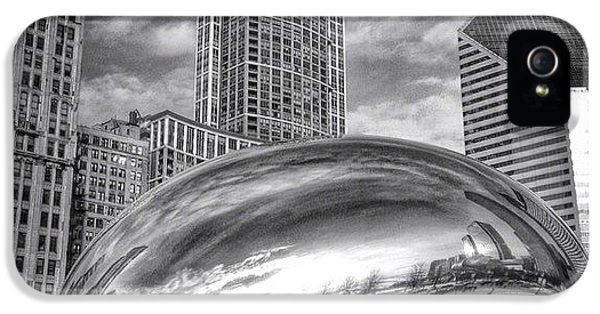 Architecture iPhone 5 Case - Chicago Bean Cloud Gate Hdr Picture by Paul Velgos