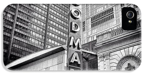 Architecture iPhone 5 Case - Chicago Goodman Theatre Sign Photo by Paul Velgos