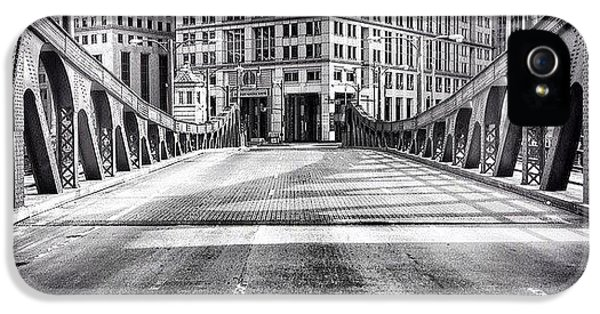 #chicago #hdr #bridge #blackandwhite IPhone 5 Case