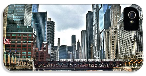 Chicago River And City IPhone 5 Case