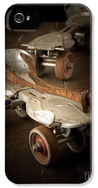 Childhood Memories IPhone 5 Case by Edward Fielding