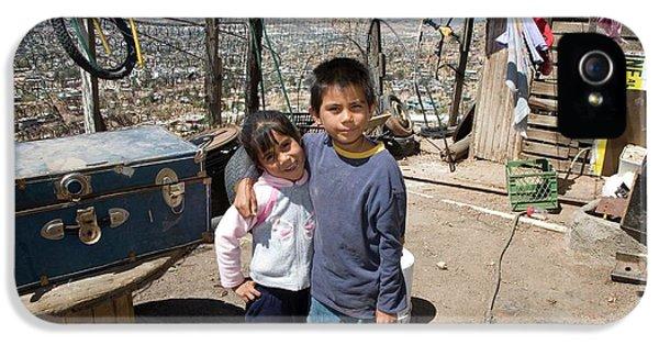 Children In A Slum IPhone 5 Case