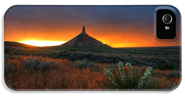 Nebraska iPhone 5 Case - Chimney Rock Sunset by Chris Allington