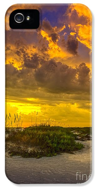 Beach Sunset iPhone 5 Case - Clearing Skies by Marvin Spates