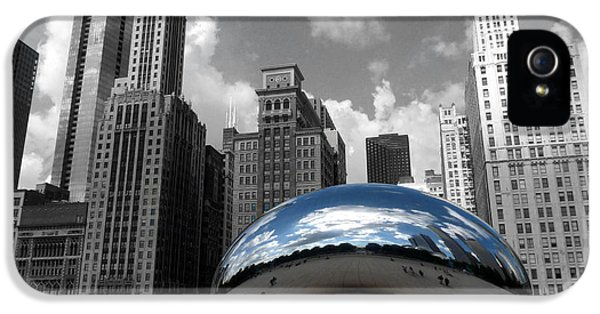 Cloud Gate B-w Chicago IPhone 5 Case by David Bearden