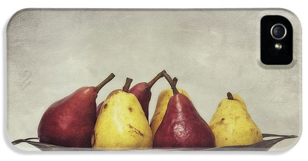 Still Life iPhone 5 Case - Color Does Not Matter by Priska Wettstein