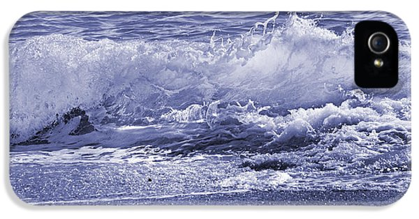 Color Quiet Wave IPhone 5 Case by Betsy Knapp
