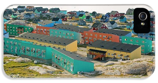 Colourful Houses In Ilulissat IPhone 5 Case