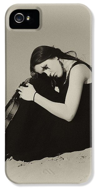 Violin iPhone 5 Case - Comfort In The Desert by Gun Legler