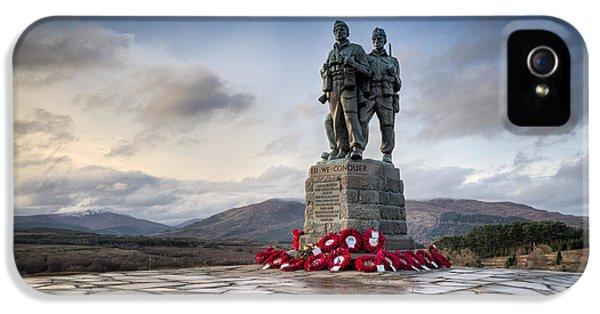 Commando Memorial At Spean Bridge IPhone 5 Case by Gary Eason