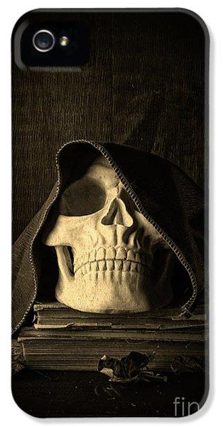 Creepy Hooded Skull IPhone 5 Case