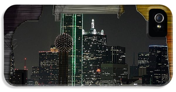 Dallas Texas Skyline In A Purse IPhone 5 / 5s Case by Marvin Blaine