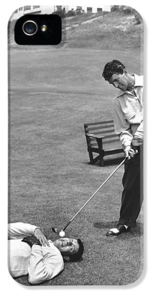 Golf iPhone 5 Case - Dean Martin & Jerry Lewis Golf by Underwood Archives