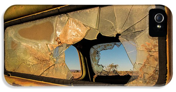 Truck iPhone 5 Case - Deserted by Linda Wride