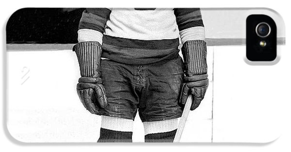 Eddie Shore Hockey Legend IPhone 5 Case by Gianfranco Weiss
