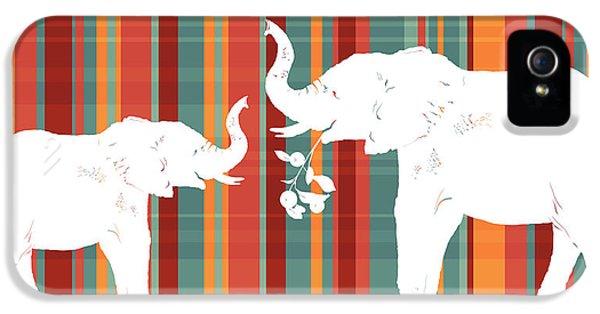 Elephants Share IPhone 5 Case by Alison Schmidt Carson