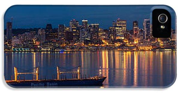 Elliott Bay Seattle Skyline Night Reflections  IPhone 5 / 5s Case by Mike Reid