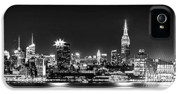Empire State Building iPhone 5 Case - Empire State At Night - Bw by Az Jackson