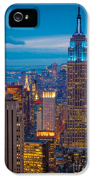 City Scenes iPhone 5 Case - Empire State Blue Night by Inge Johnsson