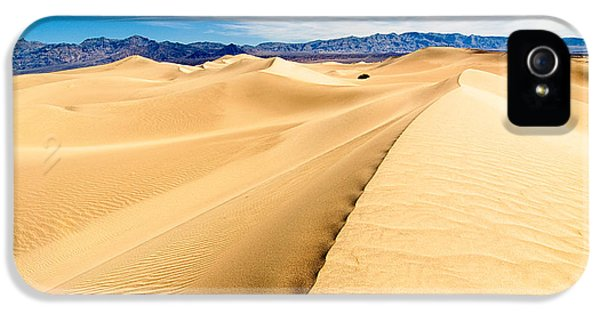 Endless Dunes - Panoramic View Of Sand Dunes In Death Valley National Park IPhone 5 Case