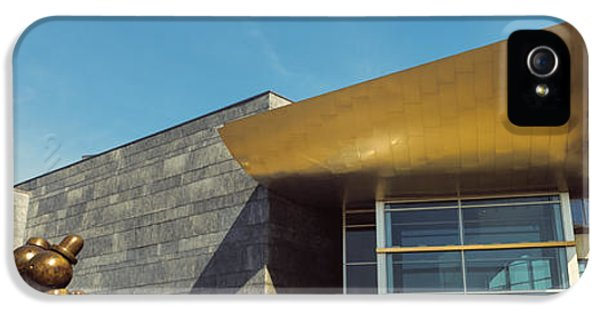 Facade Of The Hunter Museum Of American IPhone 5 Case by Panoramic Images