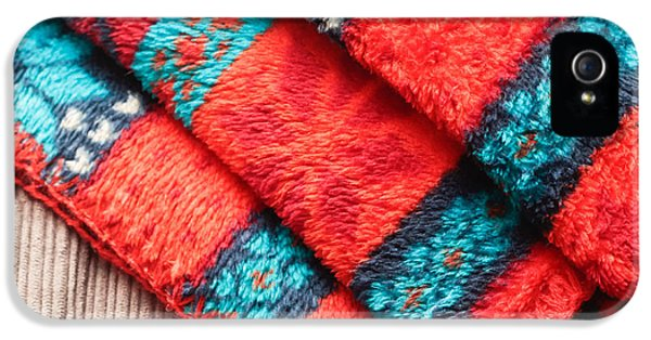 Fleece Blanket IPhone 5 Case by Tom Gowanlock