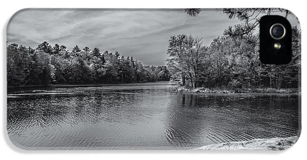 IPhone 5 Case featuring the photograph Fork In River Bw by Mark Myhaver