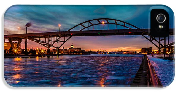 Frozen Hoan Bridge IPhone 5 Case by Randy Scherkenbach