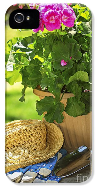 Gardening IPhone 5 Case by Elena Elisseeva