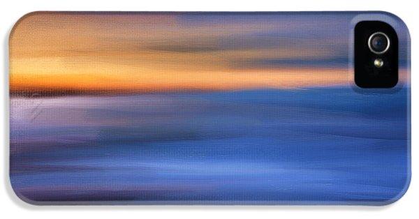 Gazing The Horizon IPhone 5 Case by Lourry Legarde