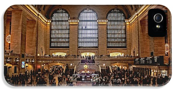 Grand Central IPhone 5 Case by Andrew Paranavitana