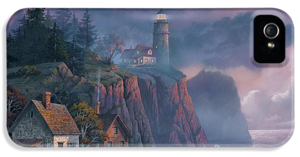 iPhone 5 Case - Harbor Light Hideaway by Michael Humphries