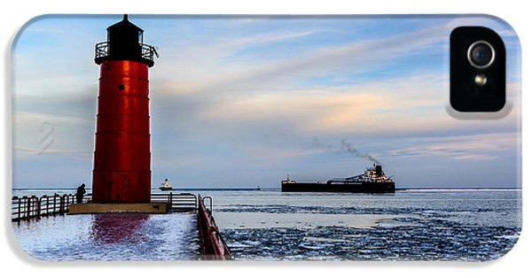 Heading Out IPhone 5 Case by Randy Scherkenbach