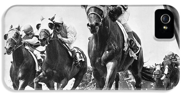 Horse iPhone 5 Case - Horse Racing At Belmont Park by Underwood Archives