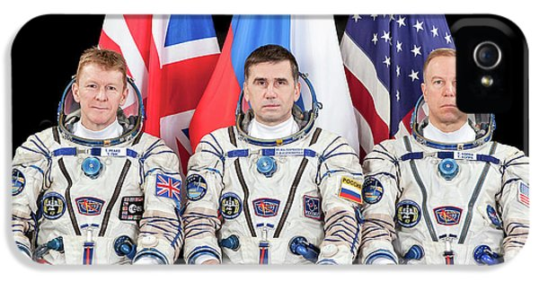 Astronauts iPhone 5 Case - Iss Expedition 46 Crew by Nasa