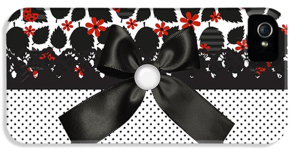 Ladybugs Leaves  IPhone 5 / 5s Case by Debra  Miller