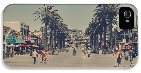 Life In A Beach Town IPhone 5 Case